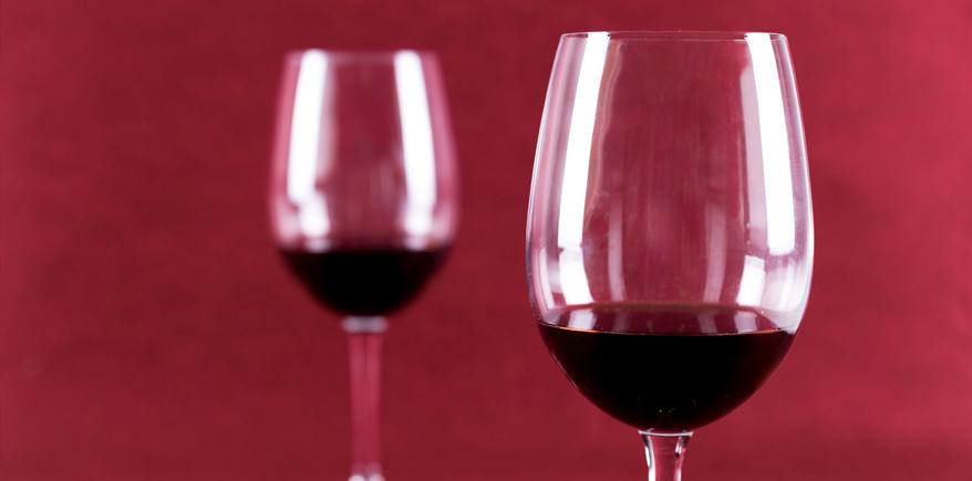 Due bicchieri di vino al dì aiutano a 'ripulire' il cervello