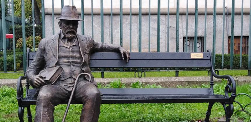A Milano un monumento al poeta Pencho Slaveykov